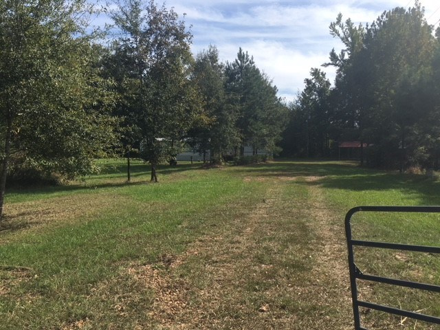 Madison County Mobile Home On 2 02 Acres 4 Corner Properties